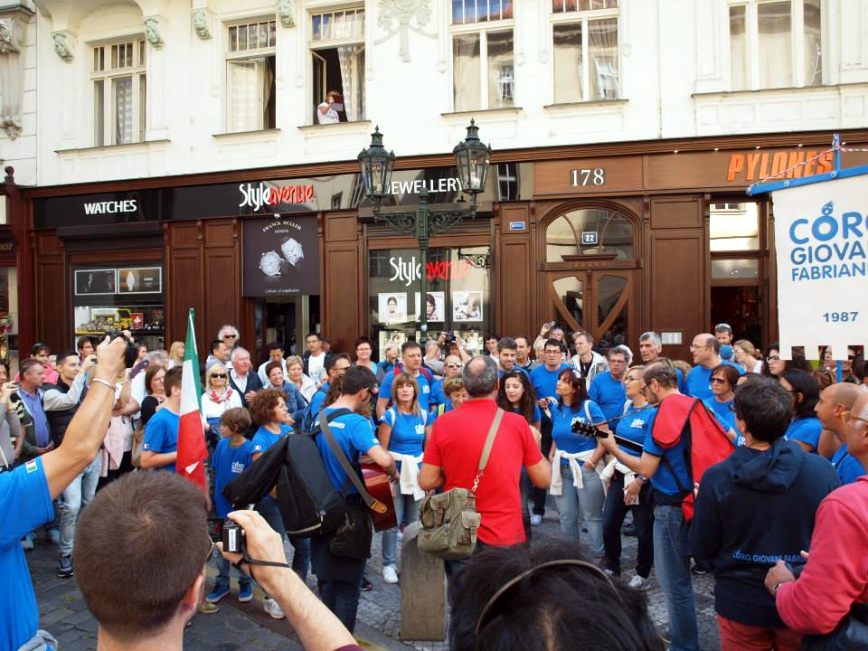 Coro di Fabriano in concerto per le strade di Praga